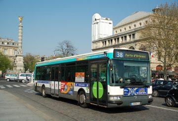 Autonomiczne Autobusy w Paryżu