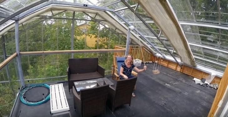 dom w szklarni w Szwecji