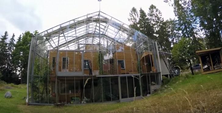 dom w szklarni 1