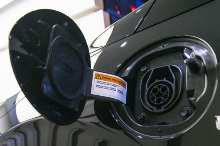 Chiny wchodzą na rynek producentów samochodów elektrycznych