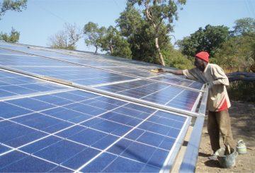 Senegal uruchamia ogromną farmę fotowoltaiczną