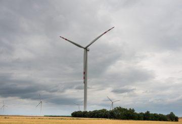 Setki nowych wniosków o lokalizację elektrowni wiatrowych po wejściu w życie nowej ustawy