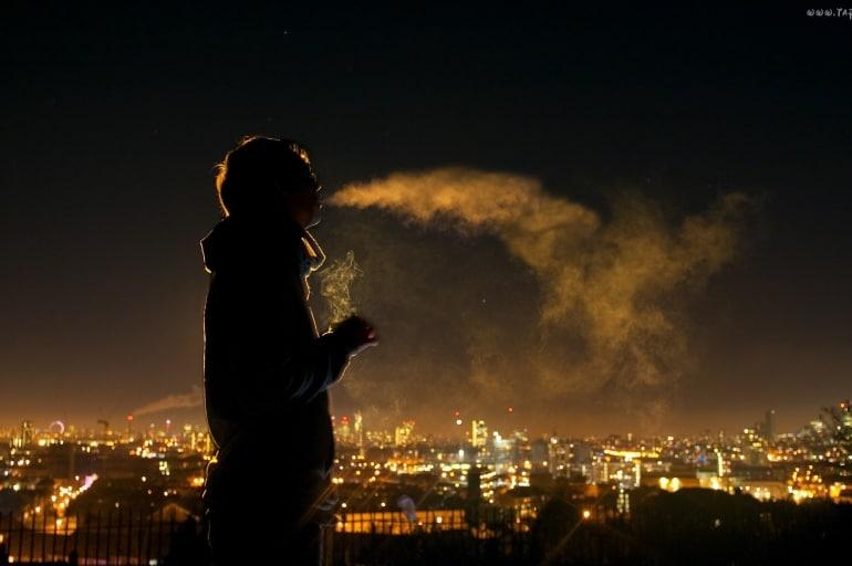 Sprawdź ile papierosów wypalasz tylko oddychając powietrzem