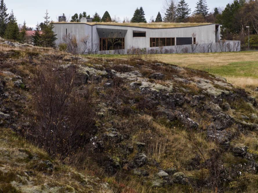 B14 by Studio Granda, Studio Granda architecture, Iceland modernist home, green roofed Iceland home, B14 villa Iceland