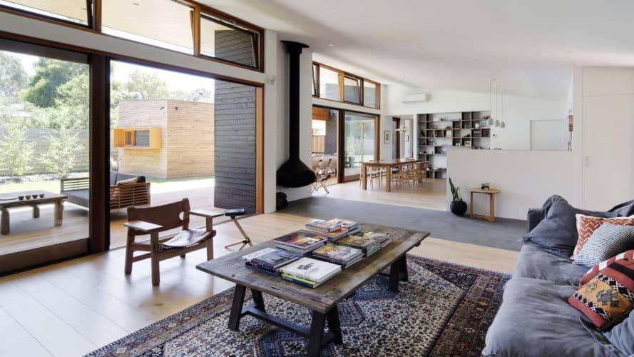 Summer Beach House in Somers, Summer Beach House by Adrian Bonomi Architect, passive solar beach house, passive solar Australian architecture, natural materials in a summer beach home, reverse brick veneer construction,