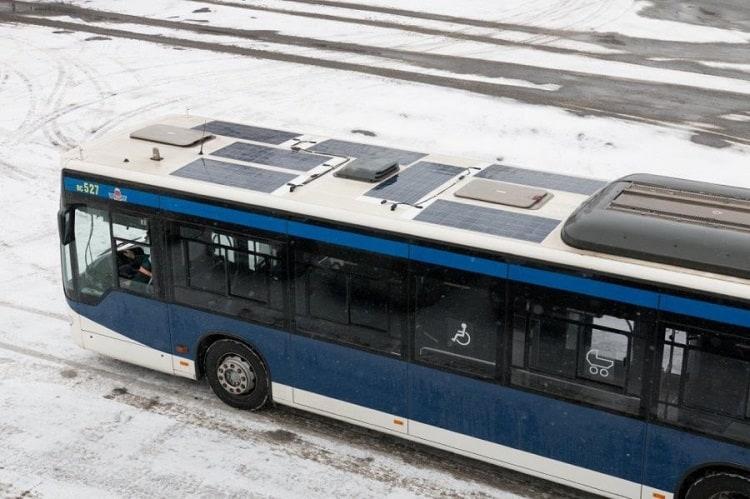 autobus z panelami fotowoltaicznymi Kraków