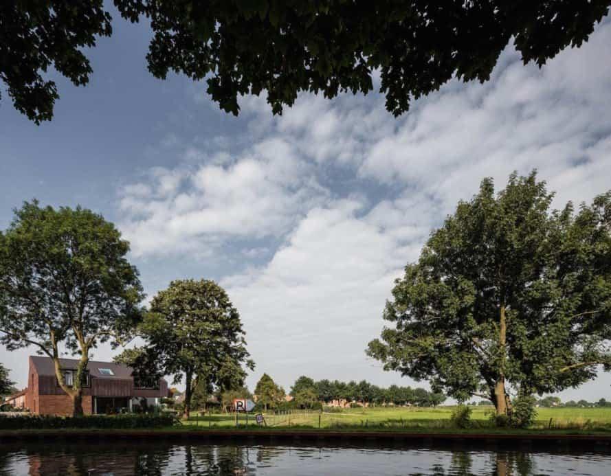 Villa IJsselzig by EVA Architecten, Villa IJsselzig by NEST architects, Villa IJsselzig, Hollandse Ijssel architecture, energy efficient Dutch architecture, Dutch modern riverside architecture